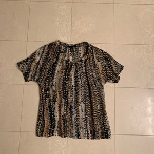 Kenneth Cole short sleeve v neck silk & rayon top